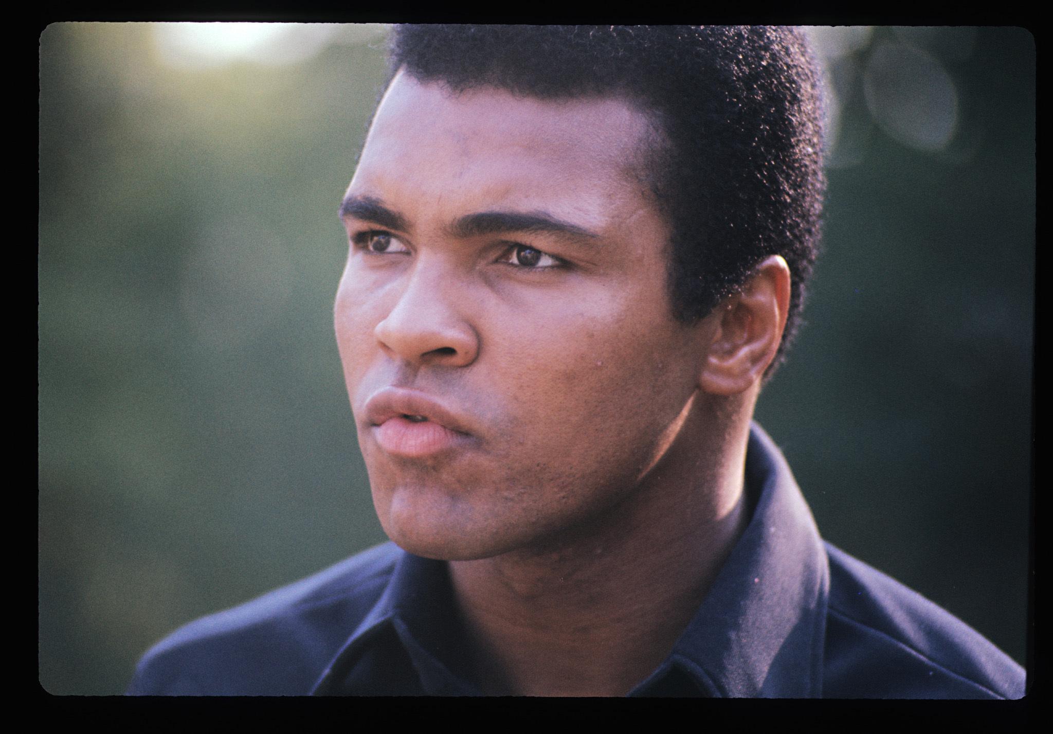 "Su Sky Arte ""What's My Name: Muhammad Ali"